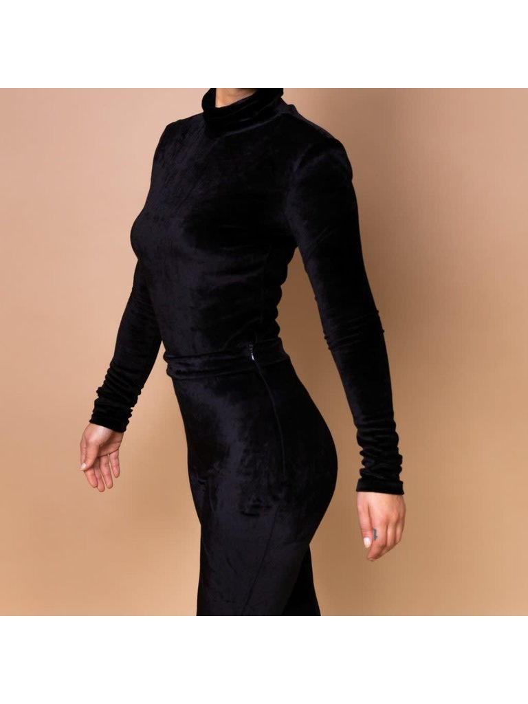 Body by Olcay Body by Olcay turtleneck velvet padded body zwart