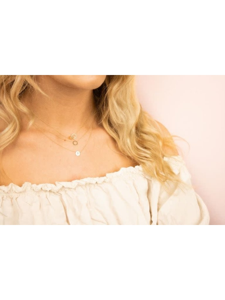Just Franky Just Franky Iconic Double Open Circle Necklace goud