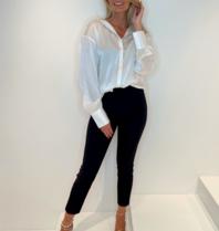 Est'seven Est'Seven One silk blouse lily white