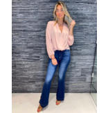 Rinascimento Rinascimento blouse met knoop detail roze