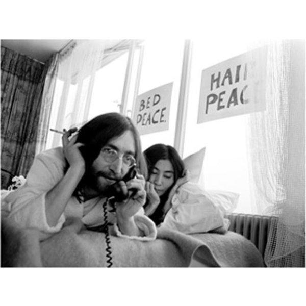 Nico Koster Foto John Lennon & Yoko Ono - 'Bed-In for Peace' 1969 - no. 024 | Fotograaf Nico Koster