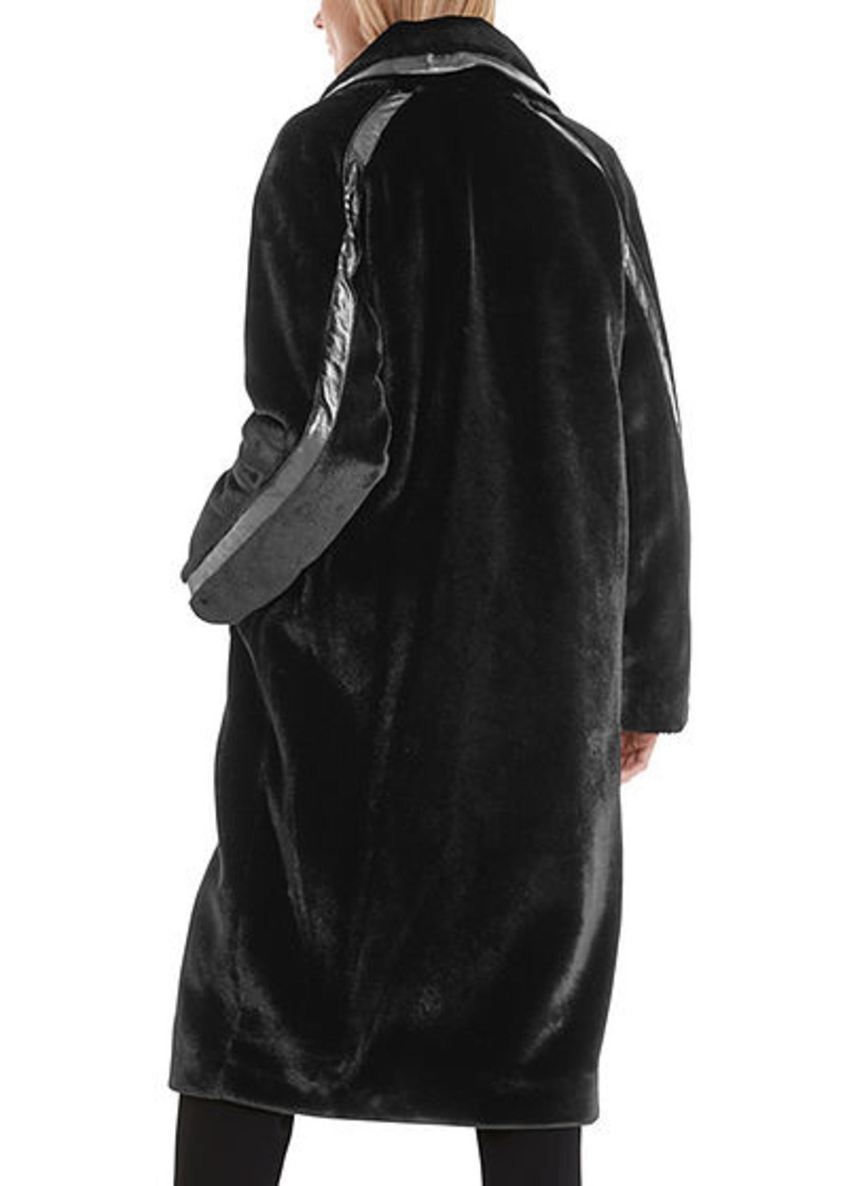 Mantel RC 11.11 W63 black