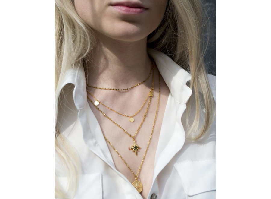 Big Star Necklace Gold