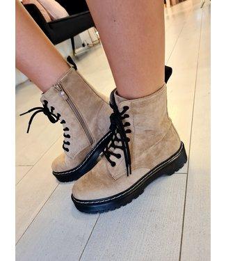 Maddie Boots Beige