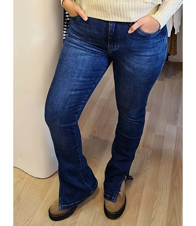 QUEEN HEARTS Straight Denim Jeans