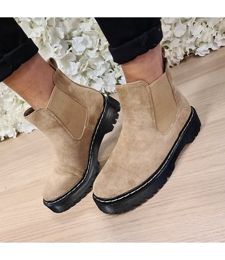 Zoe Boots Khaki