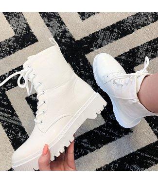 Boots Evi White