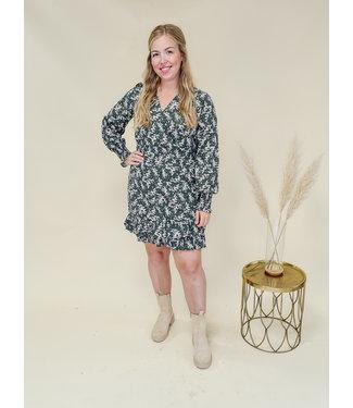 LOFTY MANNER Dress Ava Green