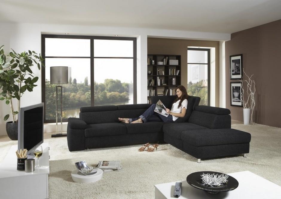 Enkel bij een aangename inrichting en de juiste woonkamer meubelen krijg je het gevoel dat je thuiskomt.