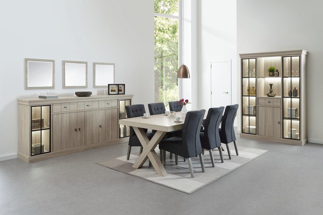 Wie denkt aan een verscheidenheid aan opbergkasten van de eetkamer tot het bureau, denkt aan meubelwinkel O&O Trendy Wonen.