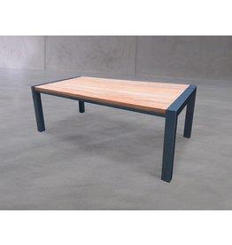 Hamilton Bay OUTDOOR Hamilton Bay Nice tafel met Cumaru houten blad antraciet powdercoated frame