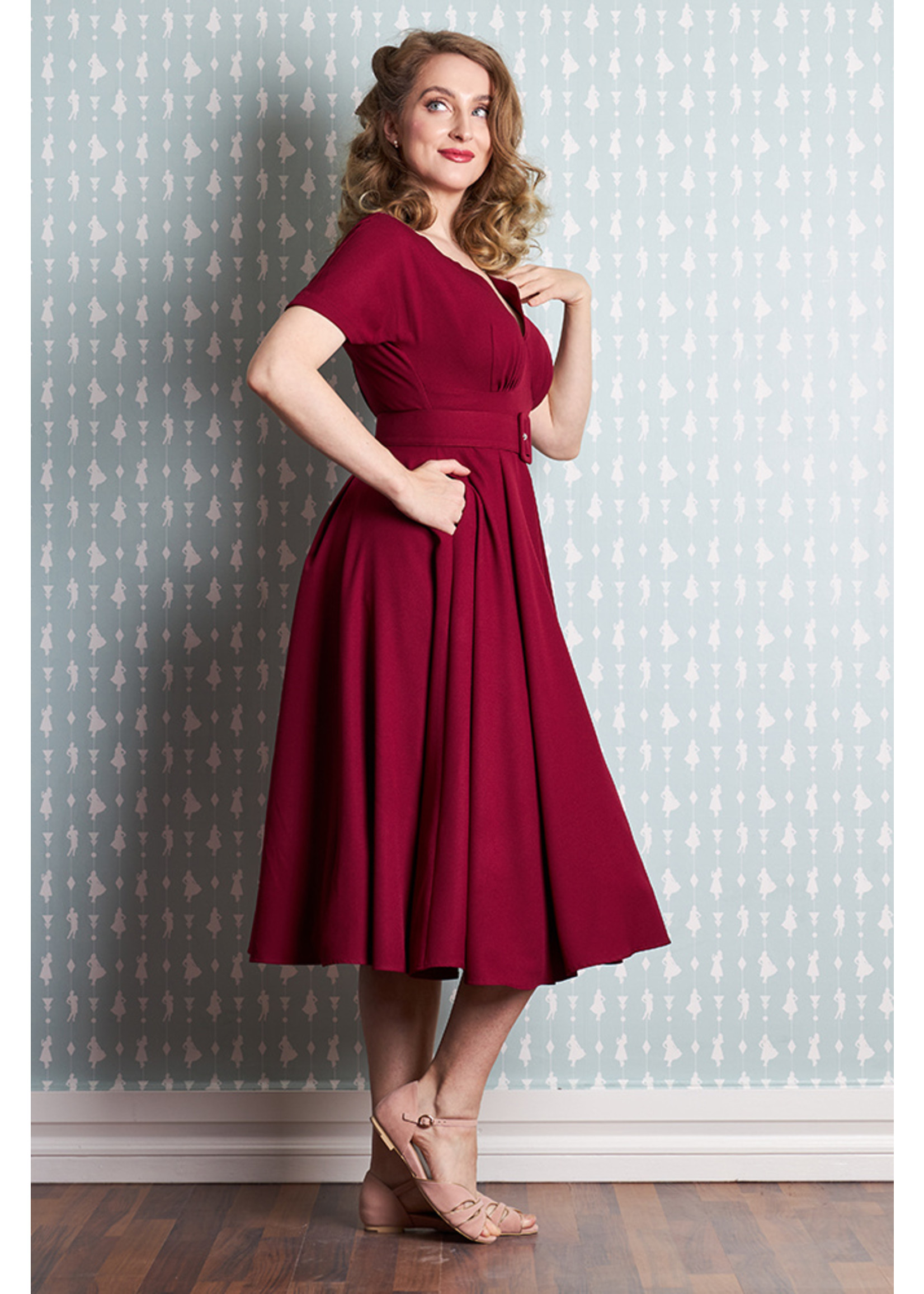 Miss-Candyfloss Miss Candyfloss Manine-Bo Swing Dress in Wine