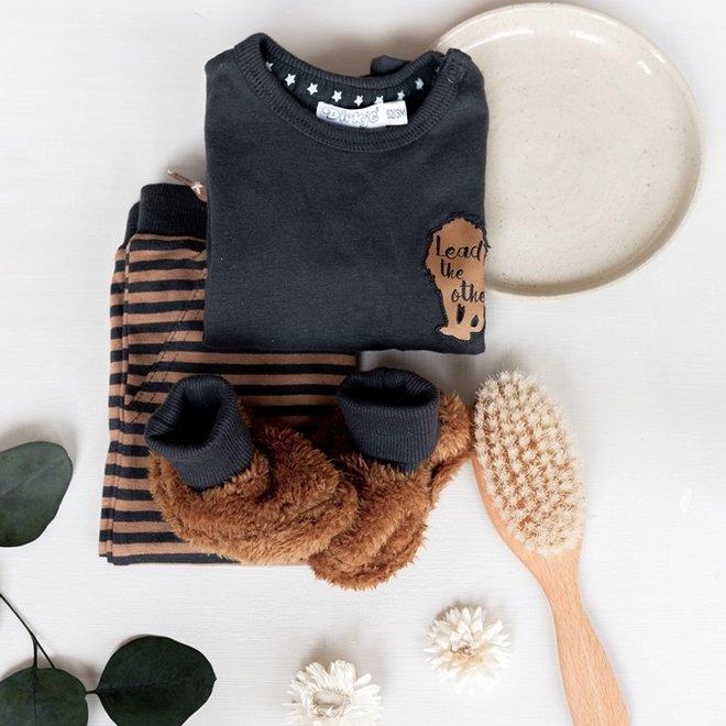 Dirkje Jungen Baby Set Shirt mit Hose und Hausschuhe grau