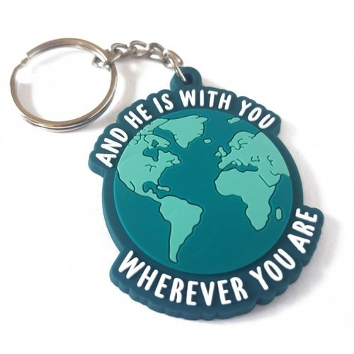 And he Is With You Wherever You Are Sleutelhanger