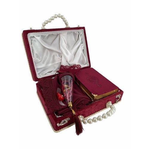 Damesset met Koran Gebedskleed Hoofddoek Tasbih en elektronische Tasbih in doos Bordeaux