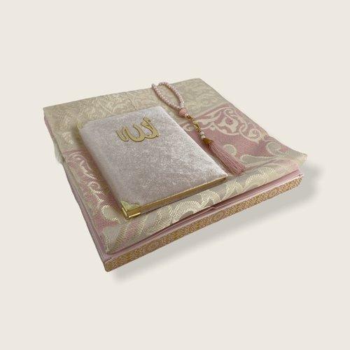 Fluwelen Yasin Mushaf boekje met gebedskleed en Tasbeeh Roze