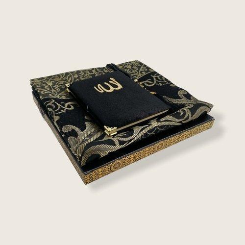 Fluwelen Yasin Mushaf boekje met gebedskleed en Tasbeeh  Zwart