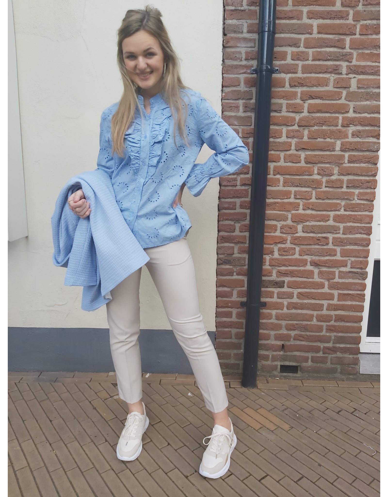 L'Avenue Blouse Broderie Ella - licht blauw