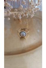 Zag Bijoux ZAG ring pearl wit