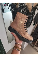 Boots Snake
