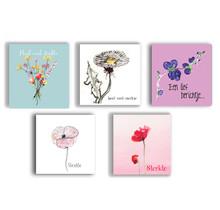 Pakket van 5 kleurrijke condoleance kaarten met getekende bloemen  - Copy