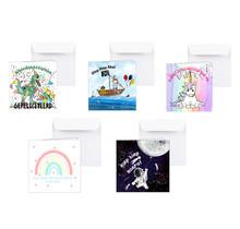 Set van 5 kaarten voor een kinderverjaardag, dino's, piraten, regenboog, astronaut en eenhoorn
