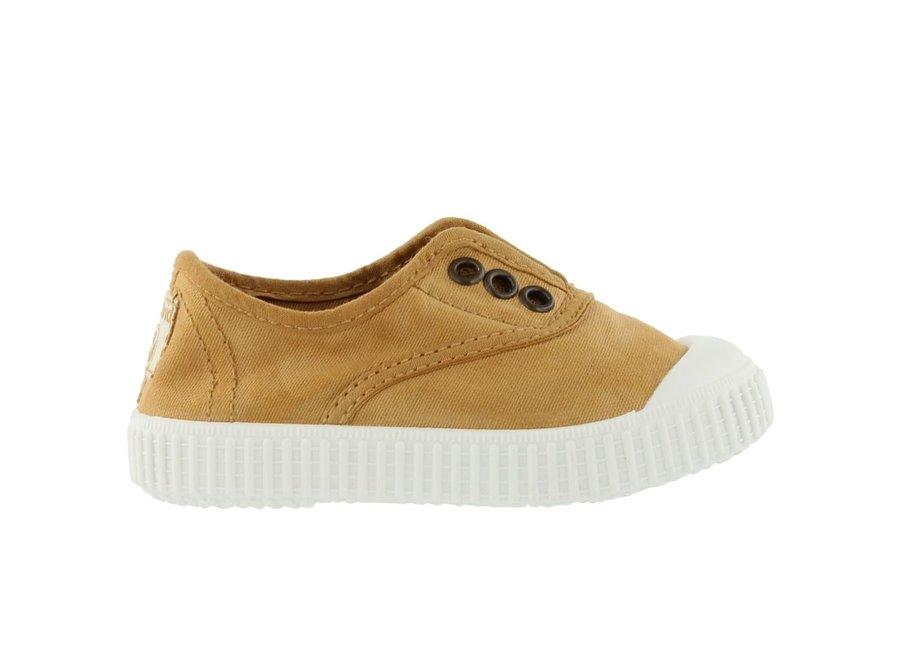 Victoria Sneaker Oro