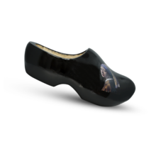 Black wooden clogs - Girl with the pearl earring