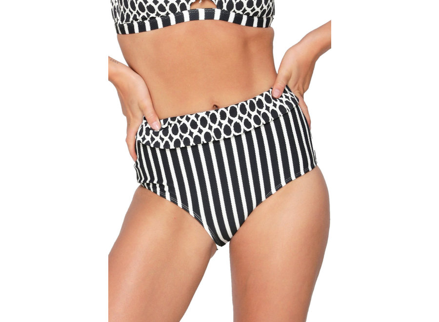 Briefs With Cover Black White Print