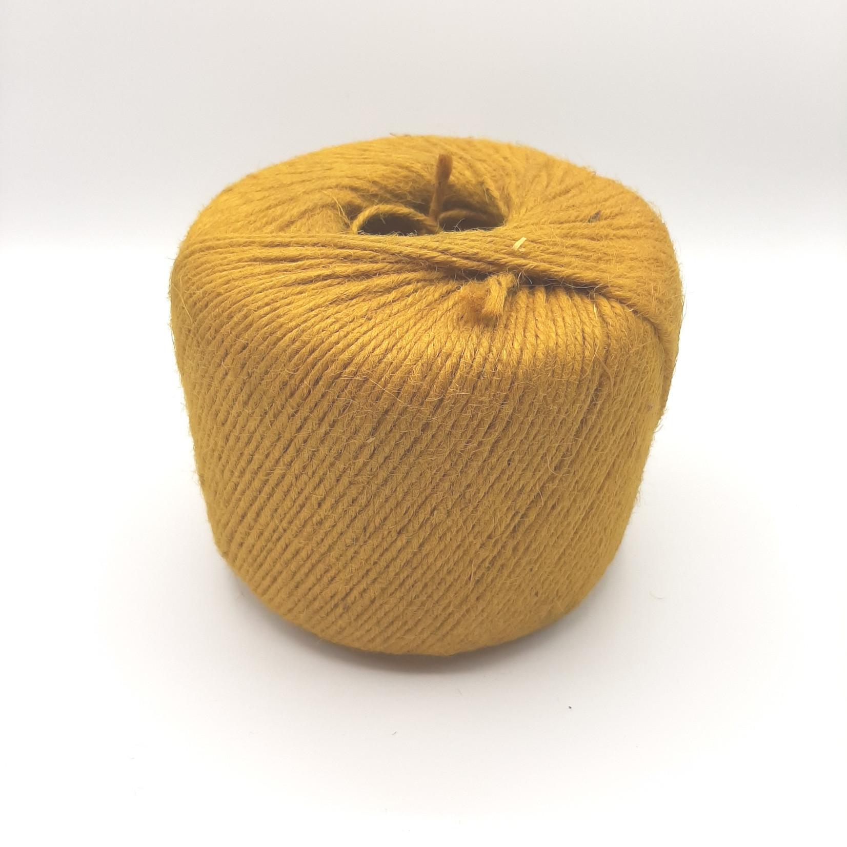 HollandWool Jute touw 1000 gr. = 400 m. - kleur oker - 2.5 mm. dik