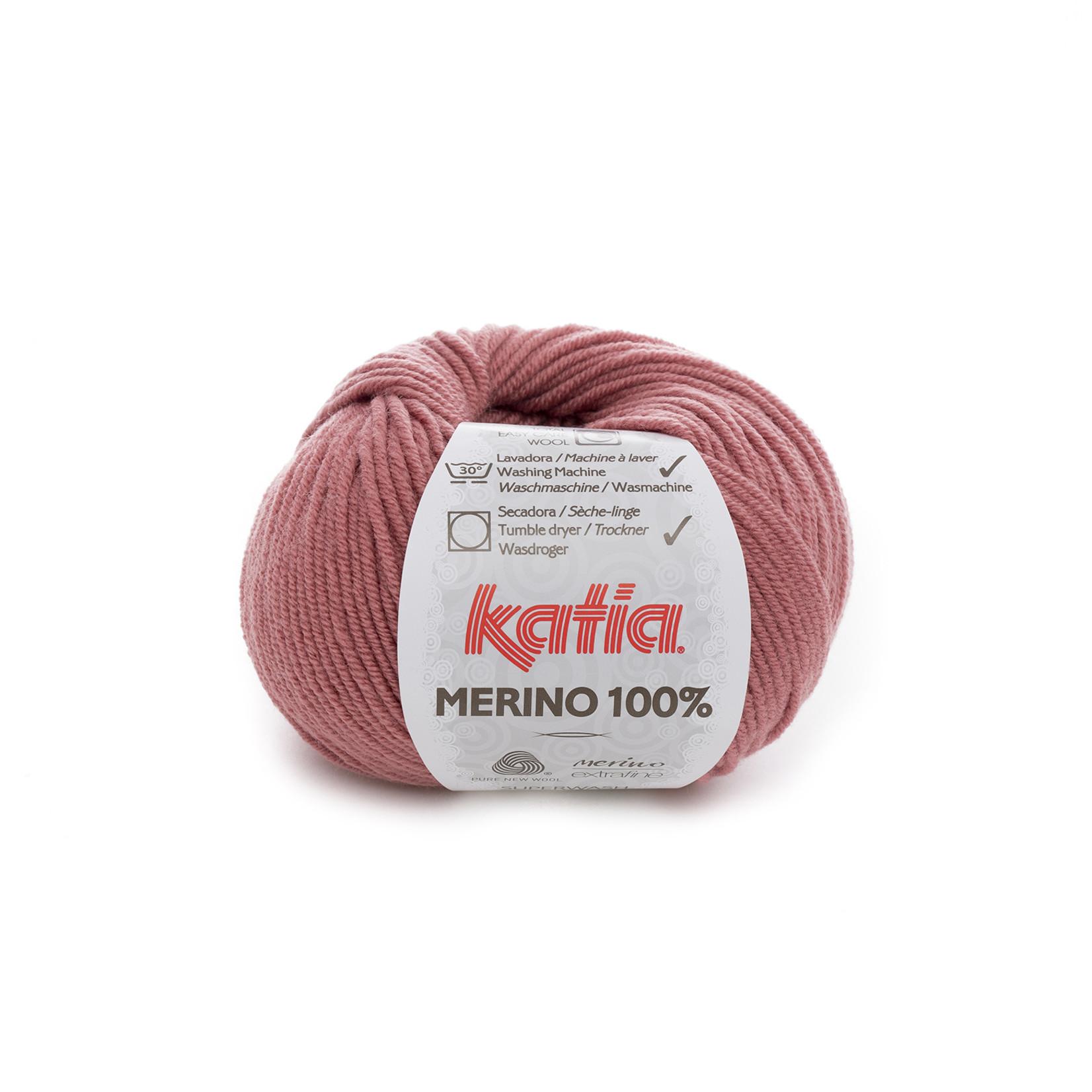 Katia Katia Merino 100% - 76 - Zalmrood_ - 50 gr. = 102 m.