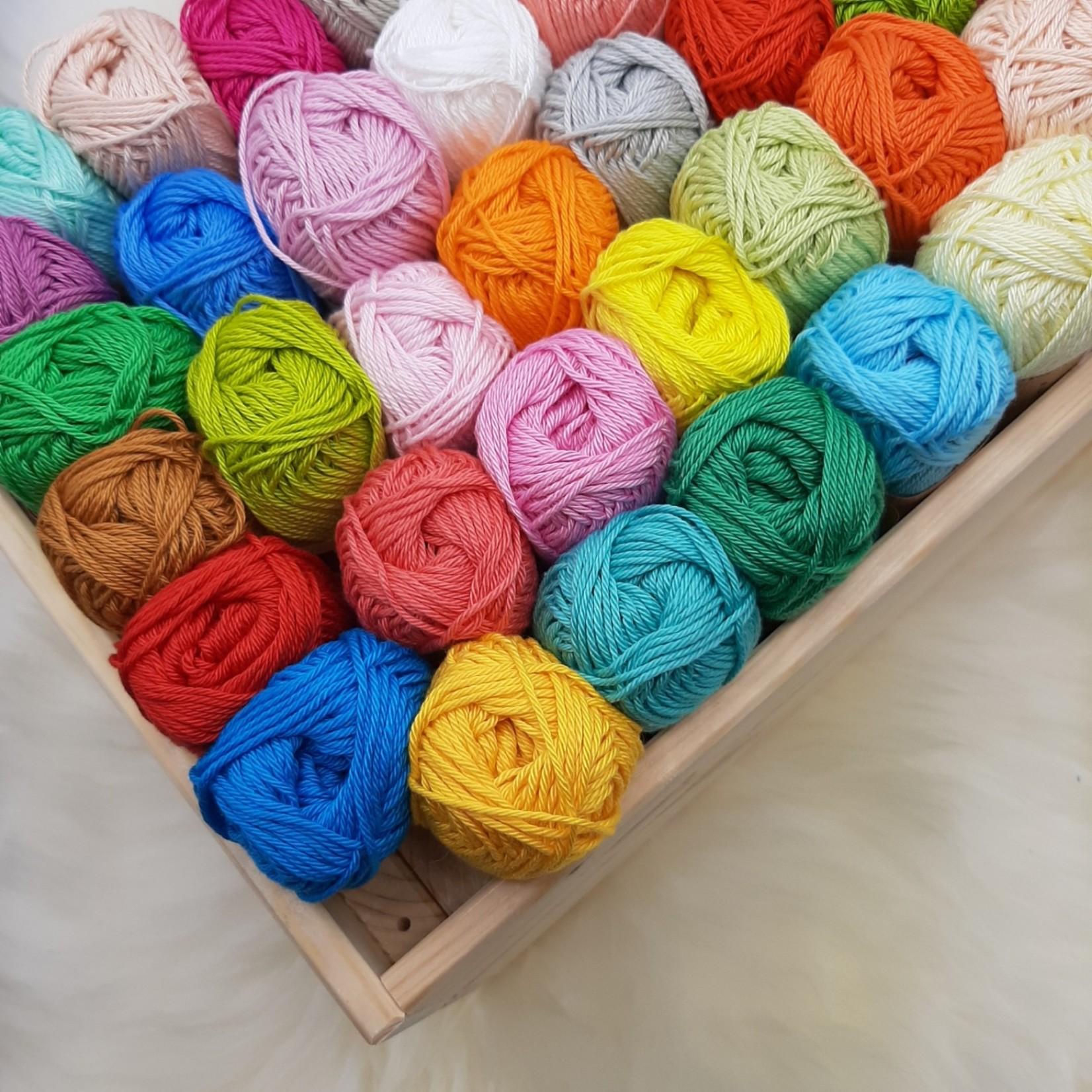 Scheepjes Scheepjes Catona Assortiment - 69 kleuren x 25 gr. - De Luxe