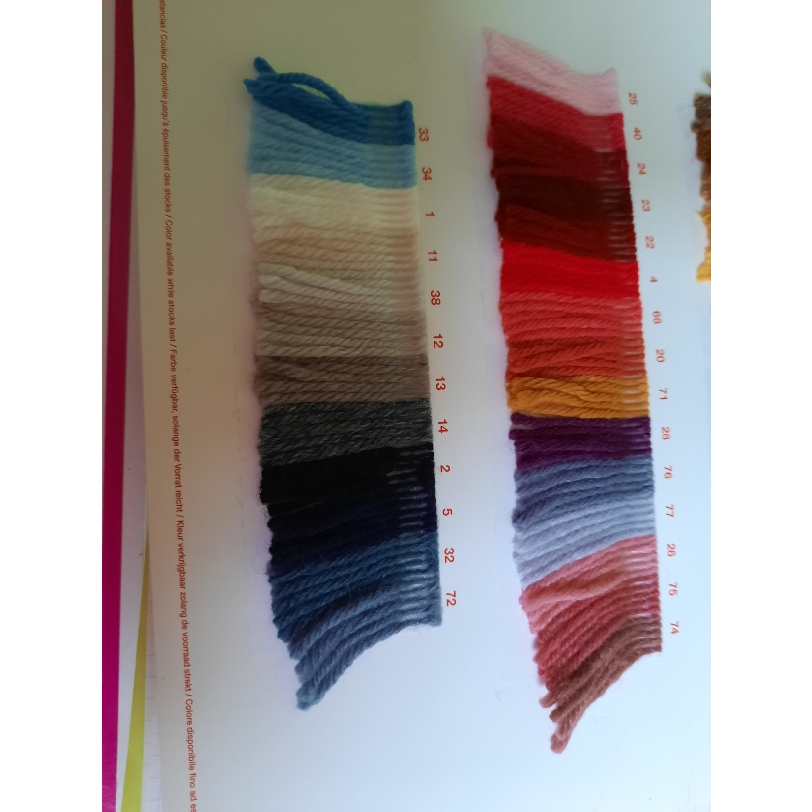 Katia Basic Merino - kleurenbundel Herst- 12 bollen 50 gr.  van 120 m.