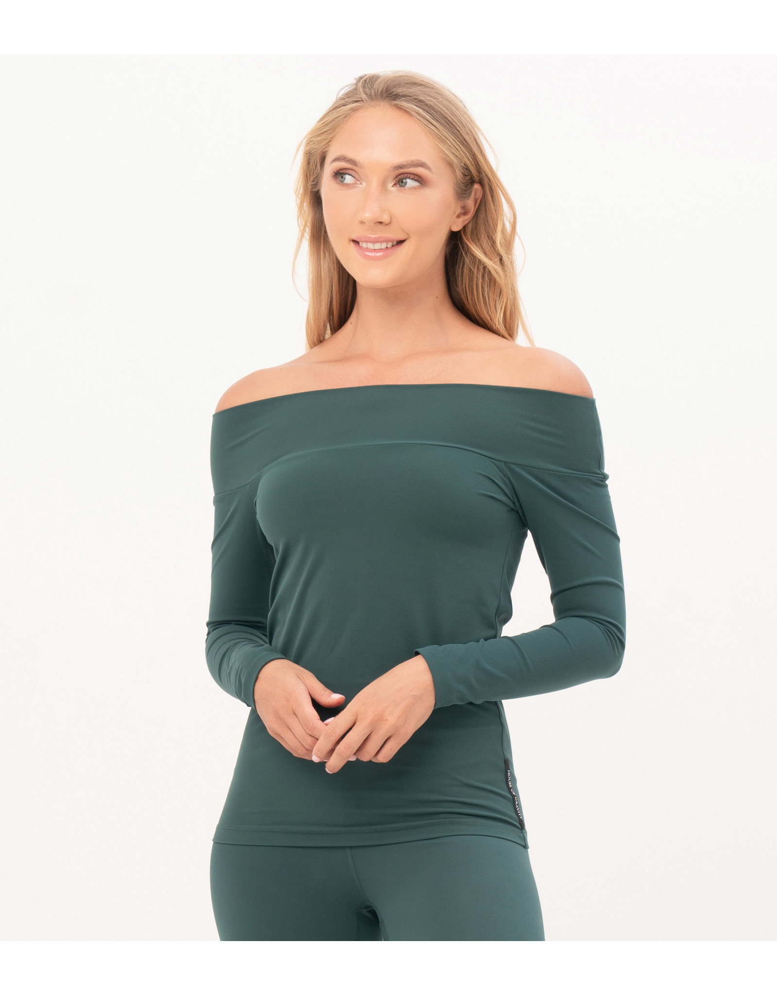 House of Gravity Top off shoulder