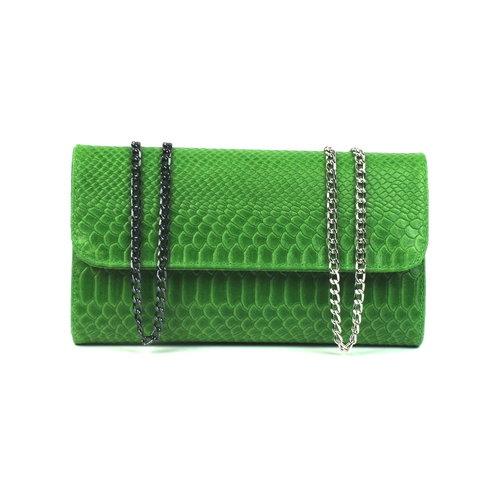 Groene clutch van leer met slangenreliëf