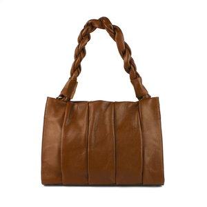 Cognackleurige tas met gedraaid hengsel