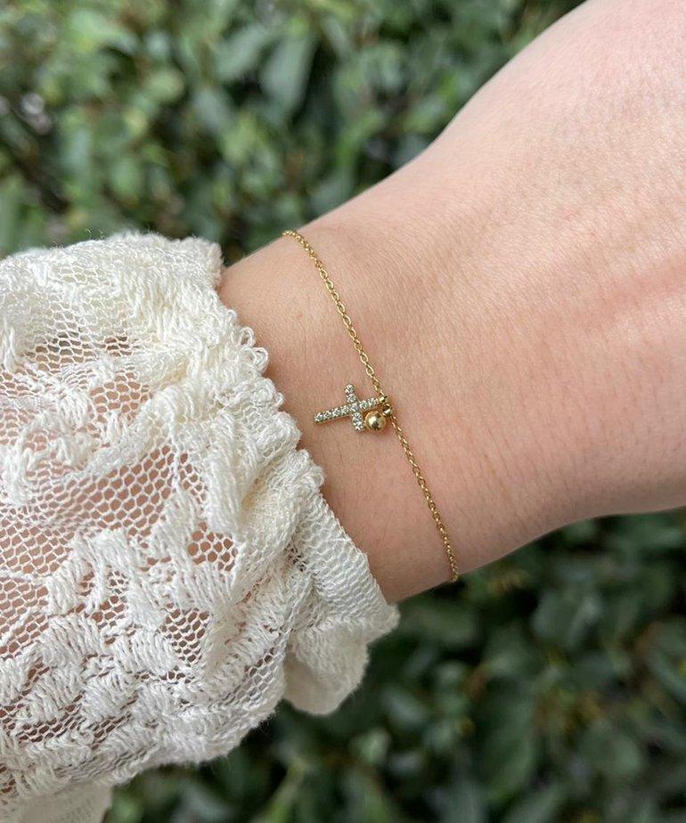 Zag Bijoux Zag Bijoux Armband Goud Kruisje met Diamantjes