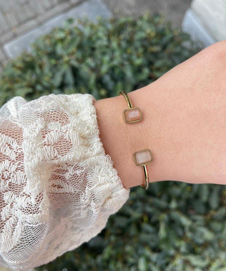 Zag Bijoux Zag Bijoux Armband Goud Open Roze Steentjjes