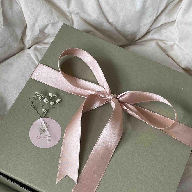 Giftbox - HANDS