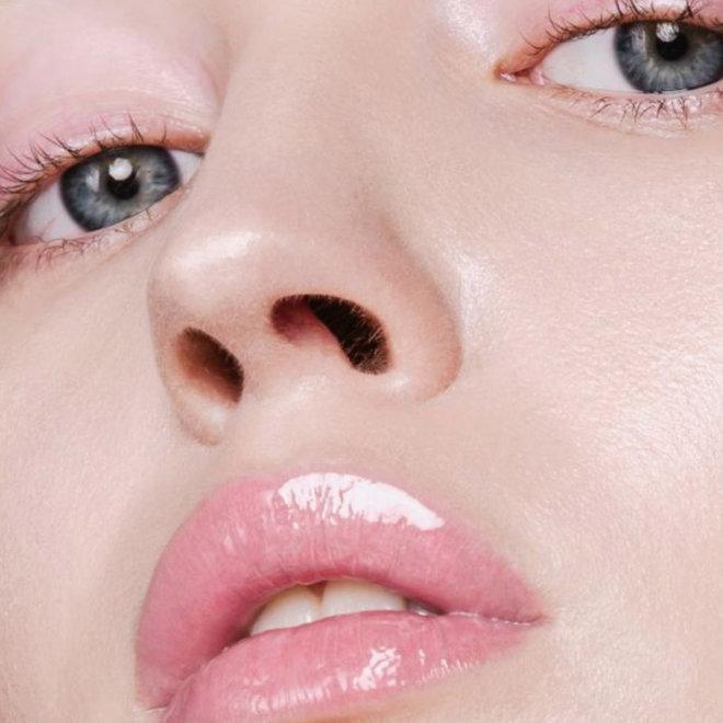 Glossy Venom - Hydraterende lipgloss - Vinyl Hood