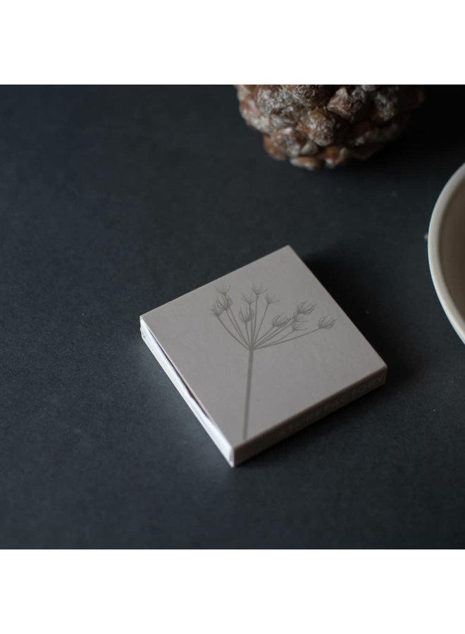 Kvist Beige matchbox