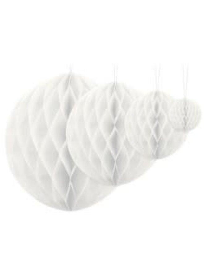 White honeycomb M