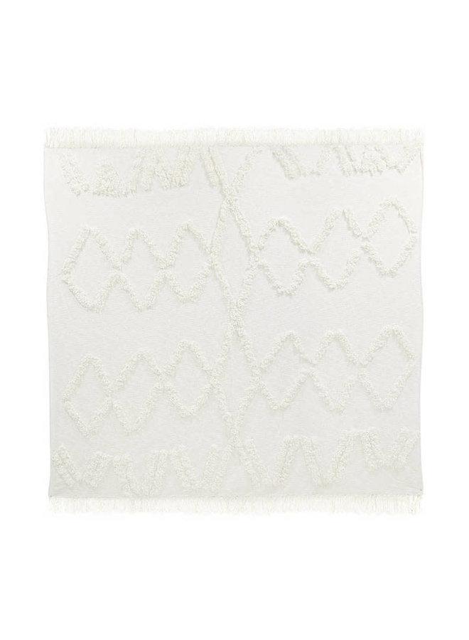 White fringe bedspread 270x270