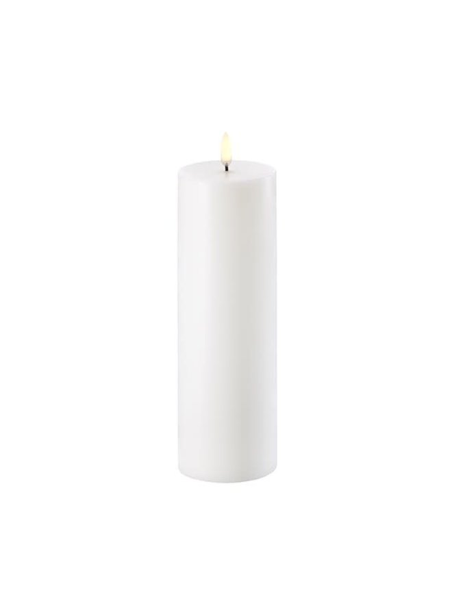 Uyuni Led pillar candle 7.3x hg 22cm Nordic White  ( AA-batteries)