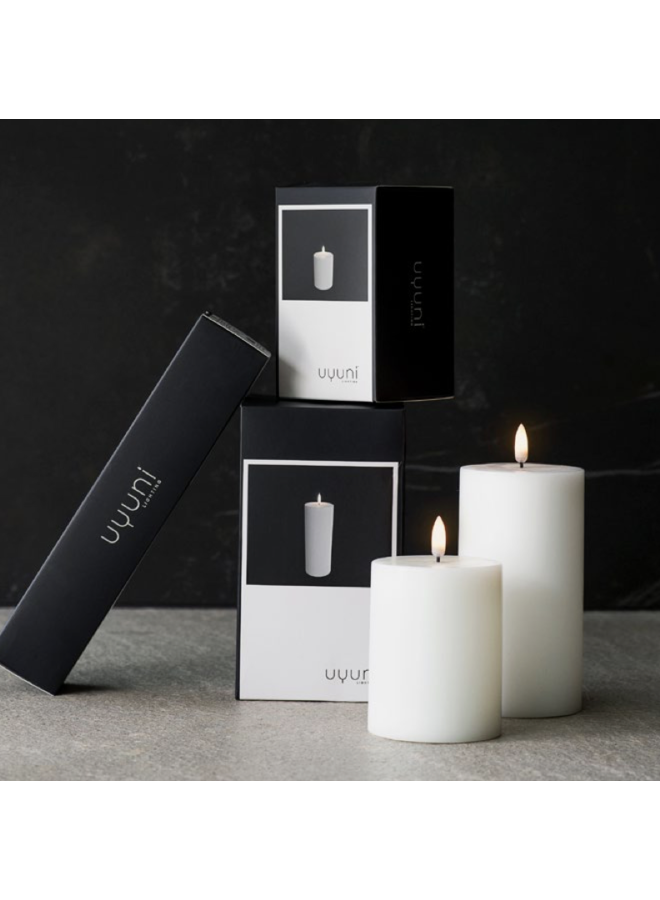 Uyuni Led pillar candle 5.8x hg 15.2cm Nordic White ( AA-batteries)