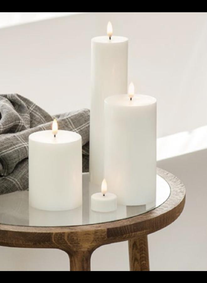 Uyuni Led pillar 7.8x hg 10cm Nordic White