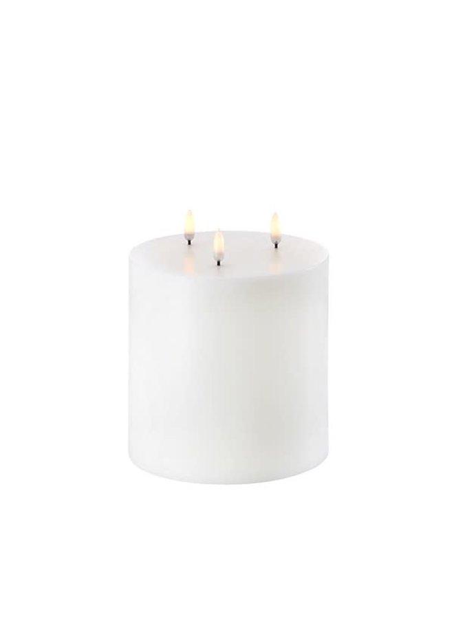 Uyuni Led pillar candle (15x15cm) Nordic White