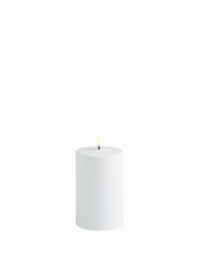 Outdoor LED Pillar Candle - White - Ø7,8 x 12,7 cm (C-Batteries)