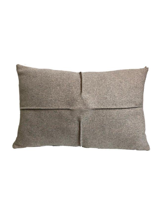 Kussen spotted zand grijs gemeleerd 37x57cm
