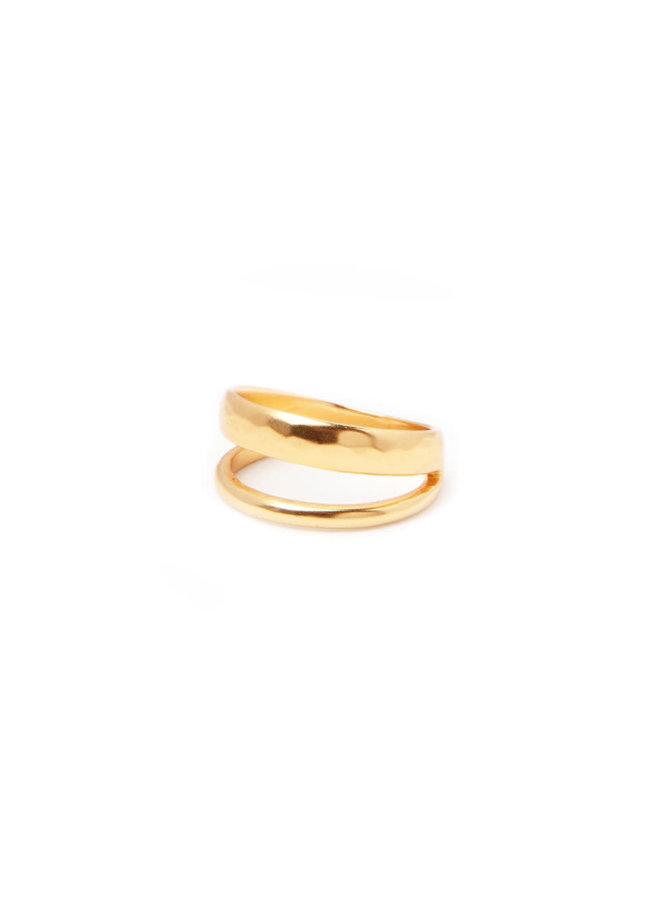Cerise ring gold